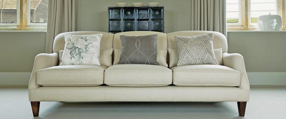 Tamarisk sofa Room in Hay